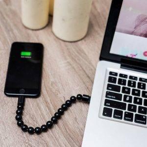 USB TÖLTŐKÁBEL KARKÖTŐ IPHONE-HOZ